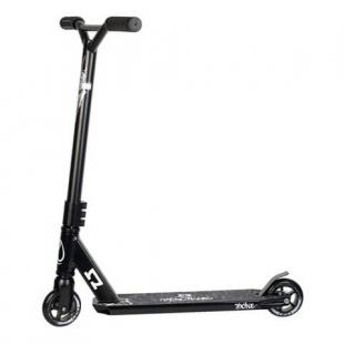 AO Pioneer Scooter Black