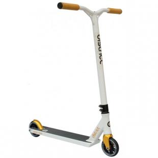 District C050 Scooter White / Gold